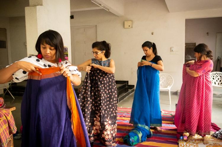 Dedication in the Love for Sari